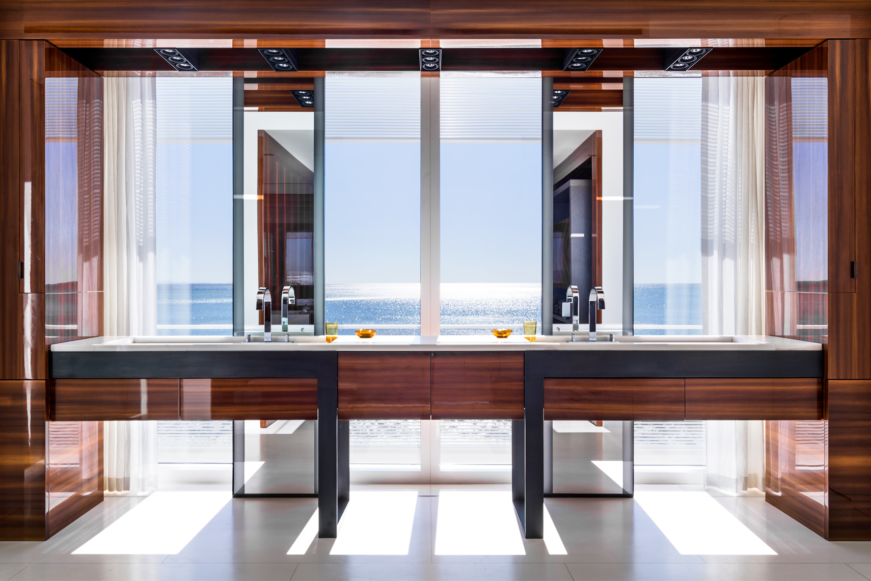 Malibu, Richard Meier, Modern Architecture, Luxury bath