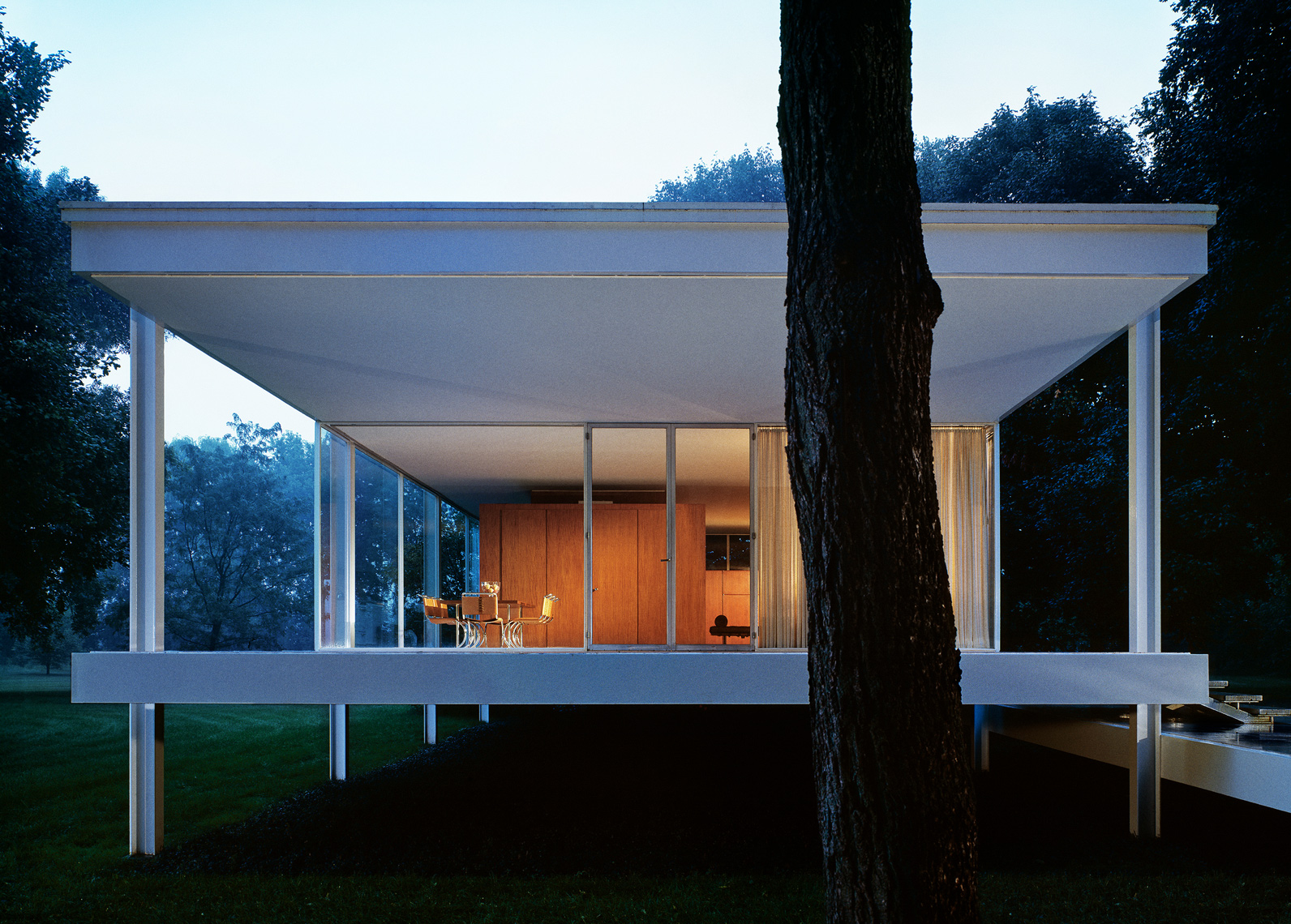 Farnsworth House, Mies van der Rohe, Modernist